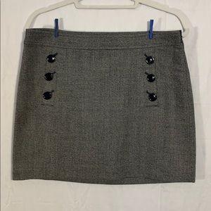 🌼Banana Republic mini skirt
